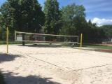 Beachvolleyballfeld mit neuem Sand